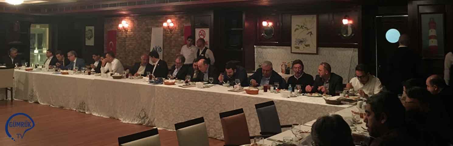 Konfeksiyon İhracatçıları Adana'da Buluştu
