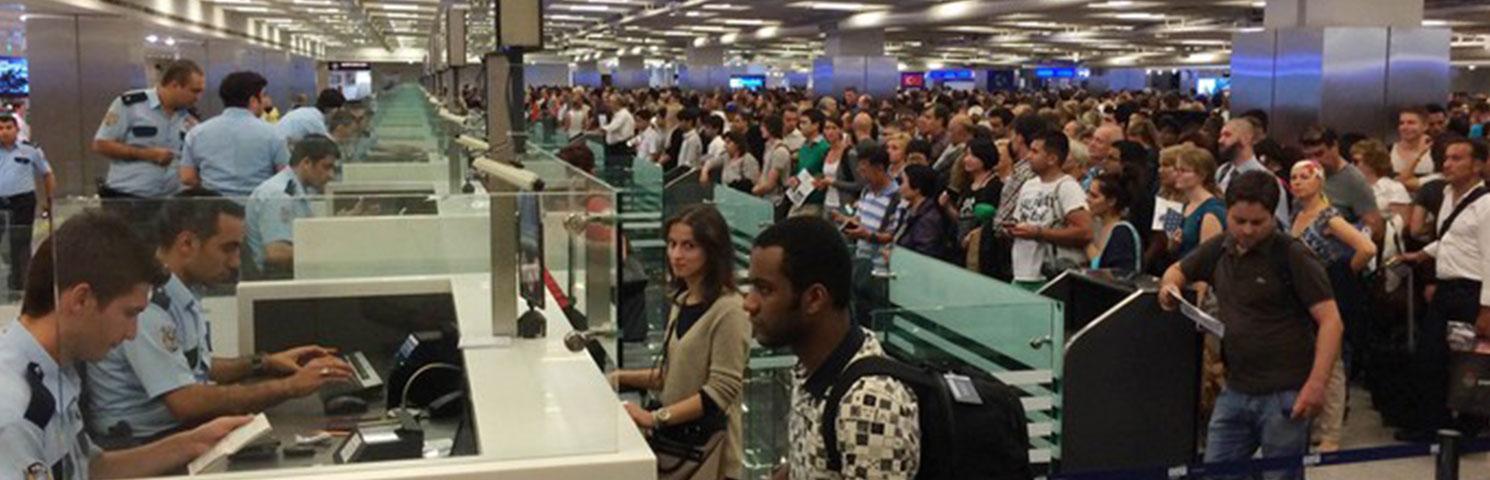 Yurt Dışı Çıkışlarında Biyometrik Kontrol Uygulaması Durduruldu