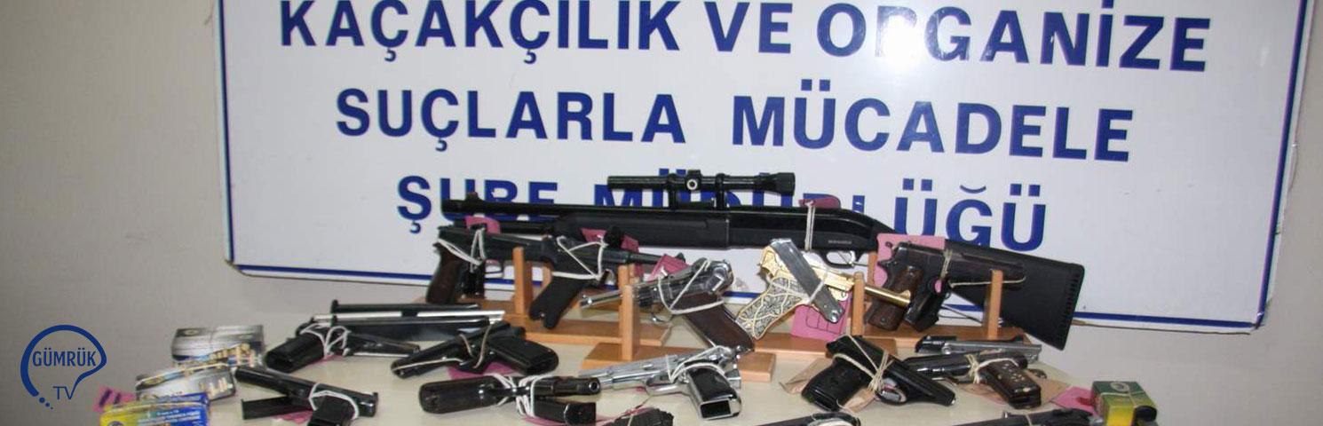 Gümrükte 12 Binden Fazla Silah Ele Geçirildi