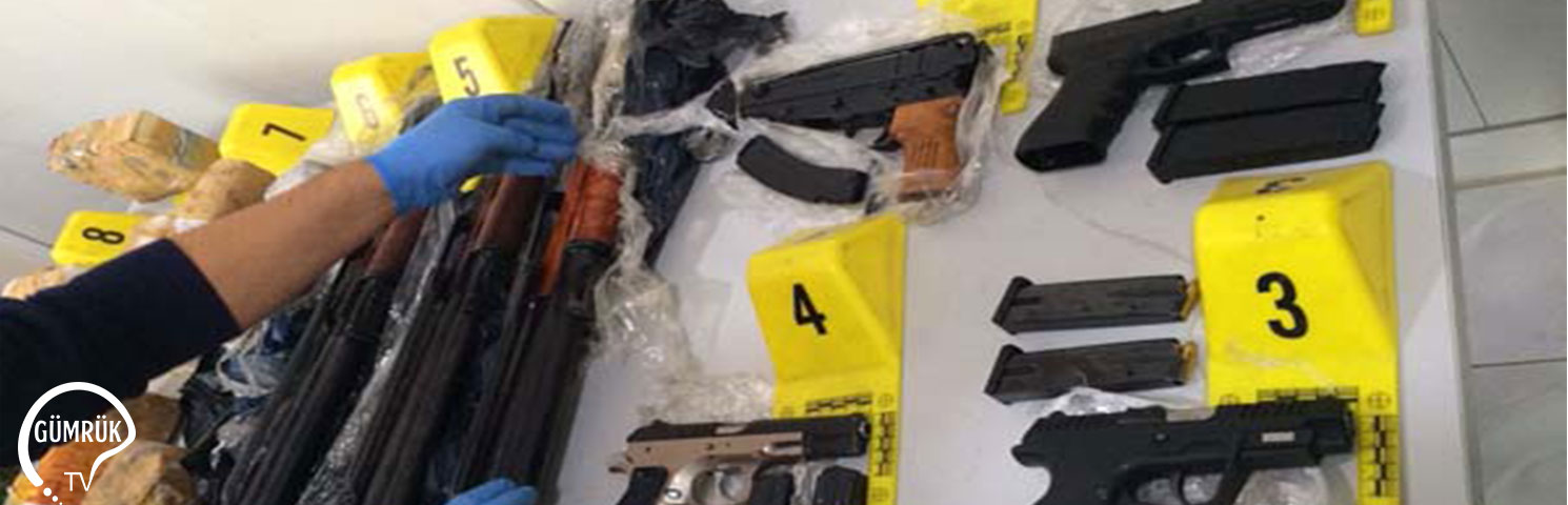 Dereköy Sınır Kapısında Suikast Silahları ve Binlerce Mermi Yakalandı