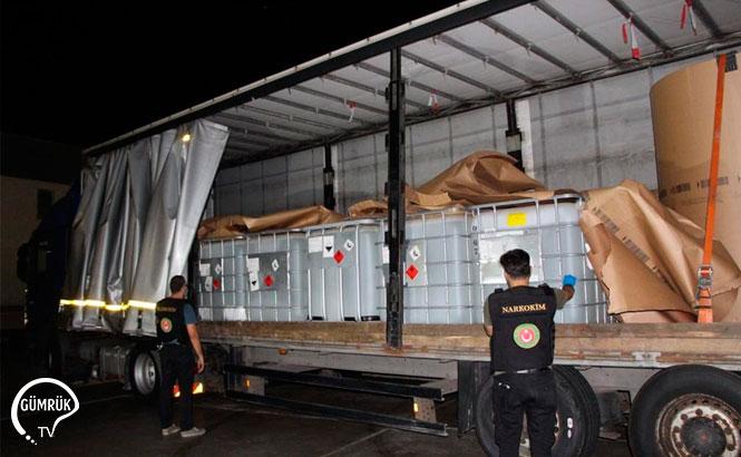 Özel Düzenekli Plakası Olan Tırda 16 Ton Uyuşturucu Hammaddesi Ele Geçirildi