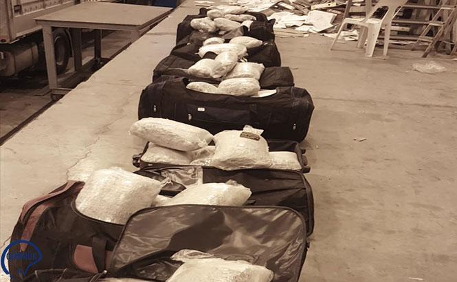 10 Valiz Dolusu Uyuşturucu Yakalandı