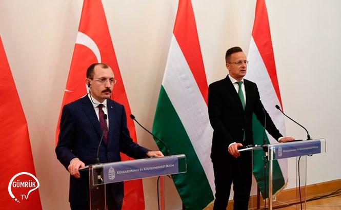 Bakan Muş, Macaristan Dışişleri ve Dış Ticaret Bakanı Peter Szijjarto ile Görüştü