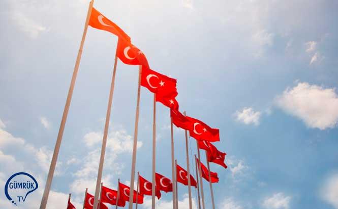 Türk Bayrağını 218 Ülke ve Bölgede Dalgalandırdılar
