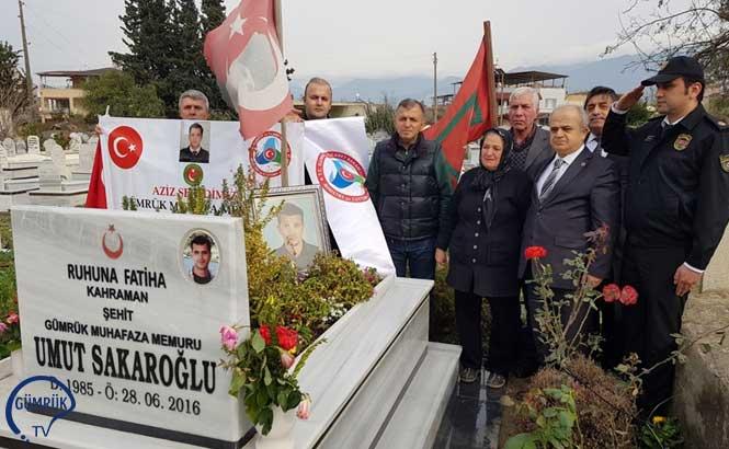26 Ocak Dünya Gümrük Gününde Şehit Gümrük Muhafaza Memuru Umut Sakaroğlu Kabri Başında Anıldı