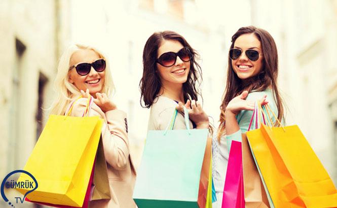 Rusya Vatandaşı Turistlerin Yurt Dışında Yaptıkları Pahalı Alışverişler Rusya Gümrüklerinde Yakın Takibe Alınıyor