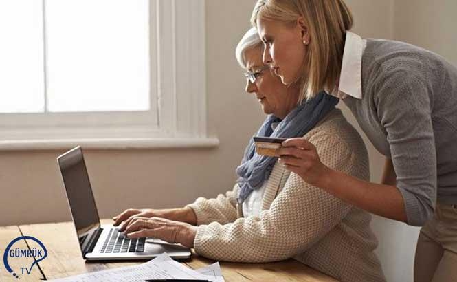 Emekliye ve Ev Kadınlarına Ücretsiz E-Ticaret Hizmeti Verilecek