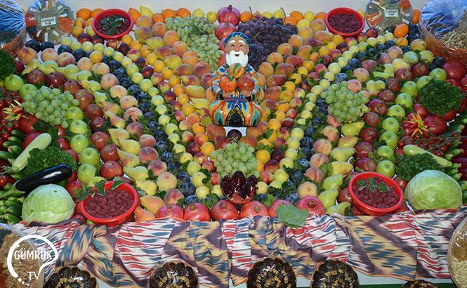 Görsel Şölen Özbekistan 2. Uluslararası Meyve-Sebze Fuarı Başladı